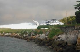 Vaesus ja rikkus on Brasiiilis külg külje kõrval - kalurikülla saamiseks läbime külakese, kus tagahoovi pargitakse helikopter.