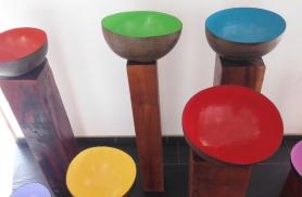 Põnevad värvilised kausid on tehtud kookosest