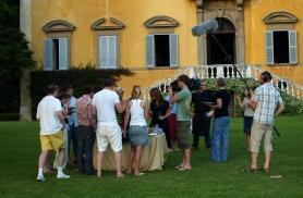 Toskaanas hõrgutiste proovimine meie villa ees 2008
