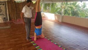 headstand-yoga2